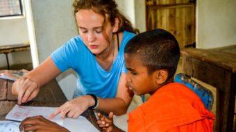 Viaje a Sri Lanka. Voluntariado. Enseña inglés a monjes
